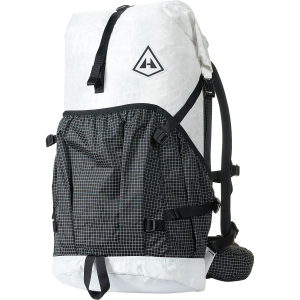photo: Hyperlite Mountain Gear 2400 Southwest overnight pack (2,000 - 2,999 cu in)