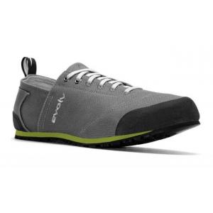 photo: evolv Cruzer approach shoe