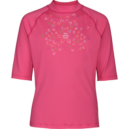 photo: The North Face Girls' Cutback Rash Guard short sleeve rashguard
