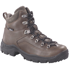 photo: Columbia Diamond Peak backpacking boot