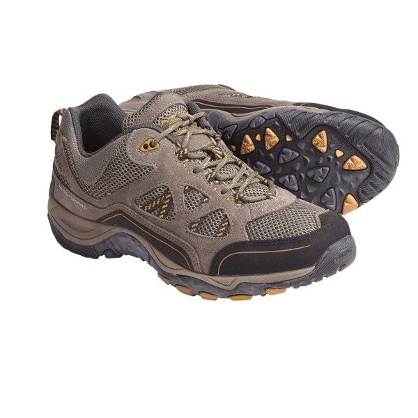 photo: Hi-Tec Men's Total Terrain Aero trail shoe