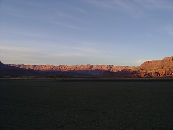 Sunset-light-on-the-Vermillion-Cliffs-AZ