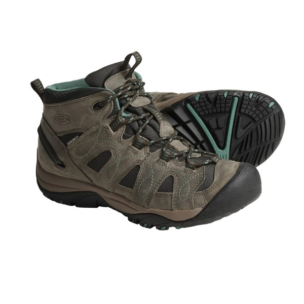 photo: Keen Shasta Mid WP hiking boot