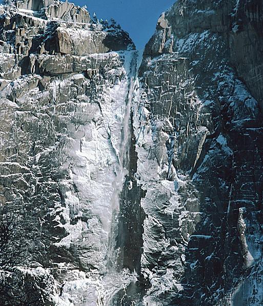 Yosemite-Falls-in-Winter.jpg