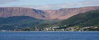 the-Tablelands-Woody-Point.jpg