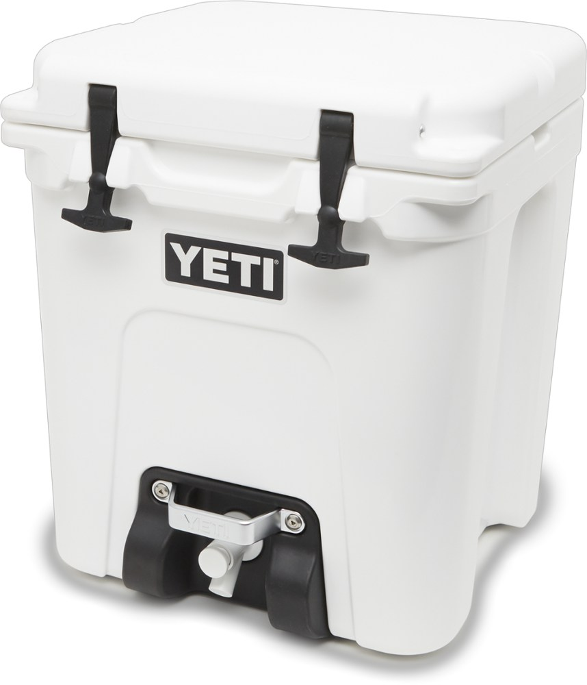 photo: Yeti Silo 6G water storage container
