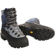 photo: Raichle 90-Degree GTX mountaineering boot