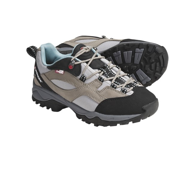 photo: Wenger Women's Boulder trail shoe