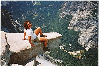 Yosemite-Valley-from-the-brink-of-Half-D