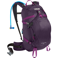 photo: CamelBak Aventura 22 hydration pack