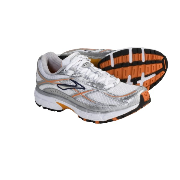 photo: Brooks Switch 3 trail running shoe
