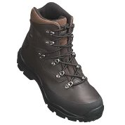 photo: Kamik Pivotal backpacking boot