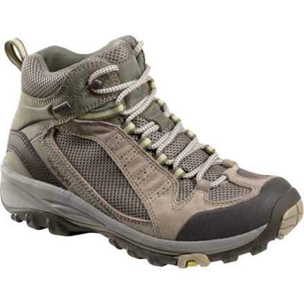 photo: Vasque Briza GTX hiking boot