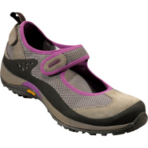 photo: Patagonia Kenosha trail shoe