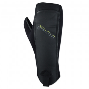 photo: NRS Toaster Mitt paddling glove