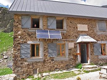 NRB-in-Col-de-la-Pra-refuge.jpg
