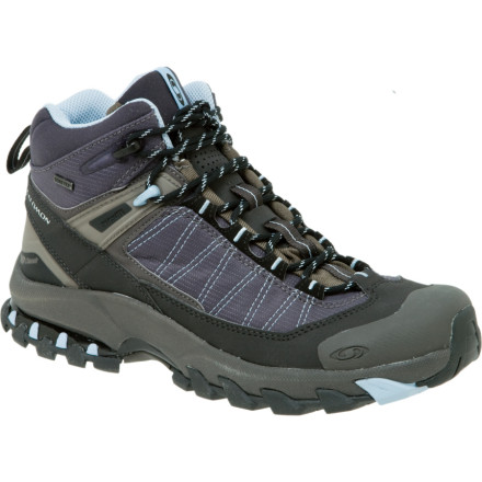 photo: Salomon 3D Fastpacker Mid GTX hiking boot