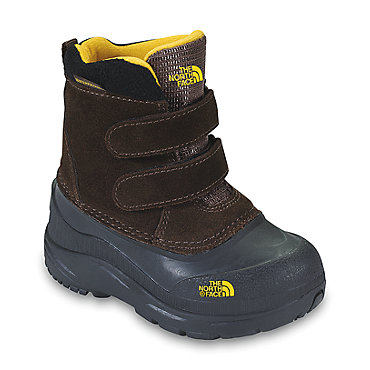 photo: The North Face Kids' Chilkat winter boot
