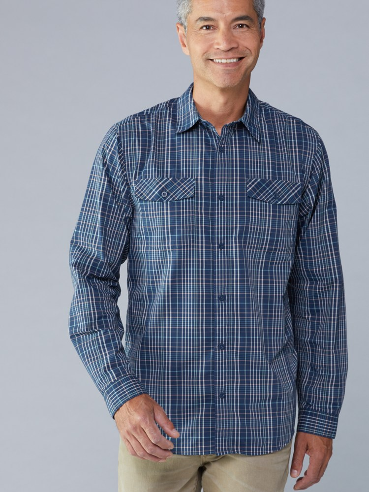 photo: Patagonia Long-Sleeved High Moss Shirt hiking shirt