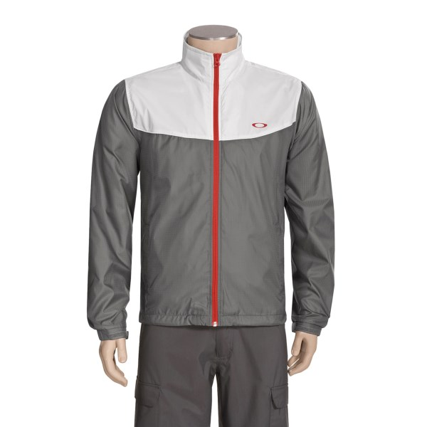 photo: Oakley Futura Jacket wind shirt