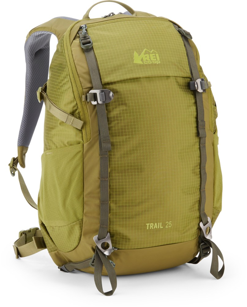 REI Trail 25
