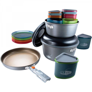 photo: GSI Outdoors Pinnacle Camper Cookset pot/pan