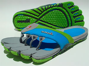 photo: Sazzi Decimal sport sandal