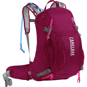 photo: CamelBak Sundowner LR 22 hydration pack