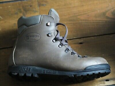 photo: Scarpa Trionic backpacking boot