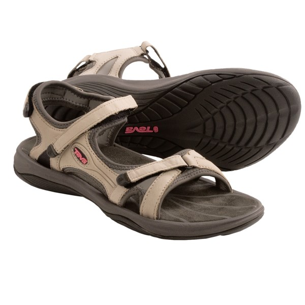 photo: Teva Neota sport sandal
