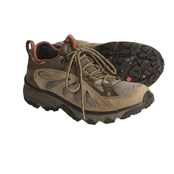 photo: Oboz Contour trail shoe