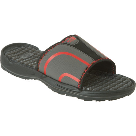 photo: The North Face Apres Slide flip-flop