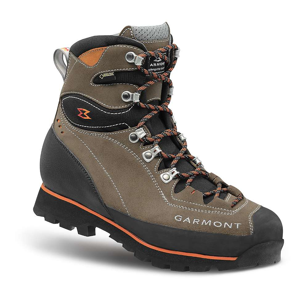 photo: Garmont Tower GTX mountaineering boot