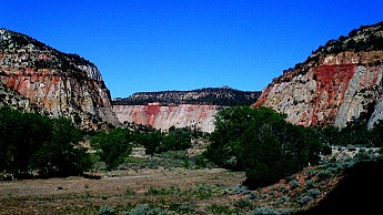 East-fork-of-the-Virgin-River-south-of-M