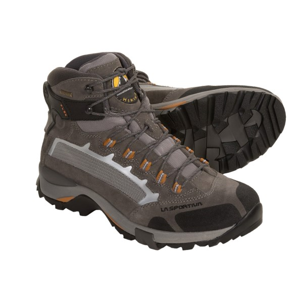 photo: La Sportiva Halite GTX hiking boot