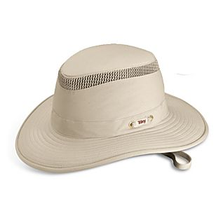 photo: National Geographic Lightweight Airflow Mesh Hat sun hat