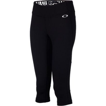 photo: Oakley Runner Capris performance pant/tight