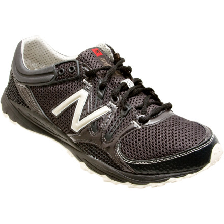 photo: New Balance Men's 101 trail running shoe
