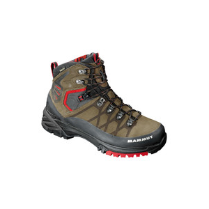 photo: Mammut Pacific Crest GTX backpacking boot