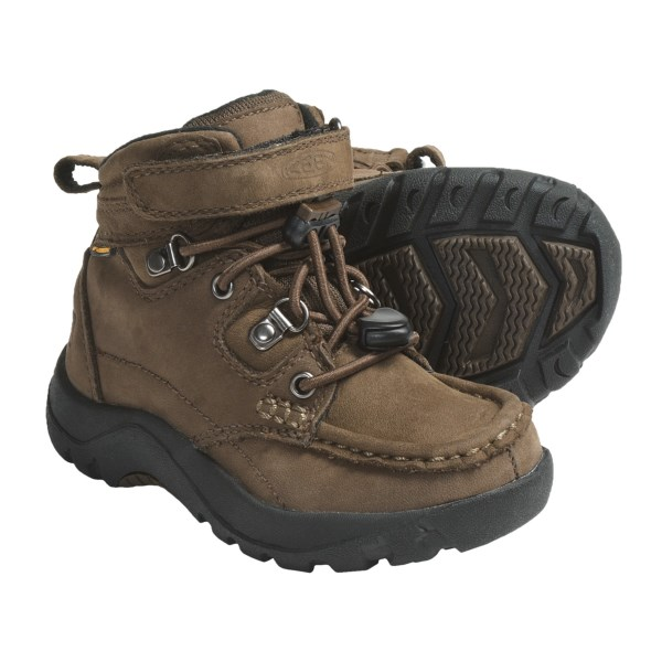 photo: Keen Nopo Mid WP hiking boot