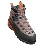 photo: Salomon SM Expert mountaineering boot