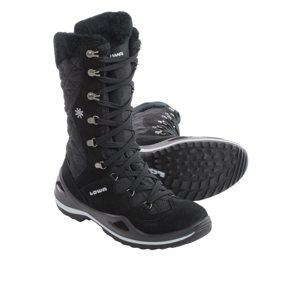 photo: Lowa Arona GTX Hi winter boot