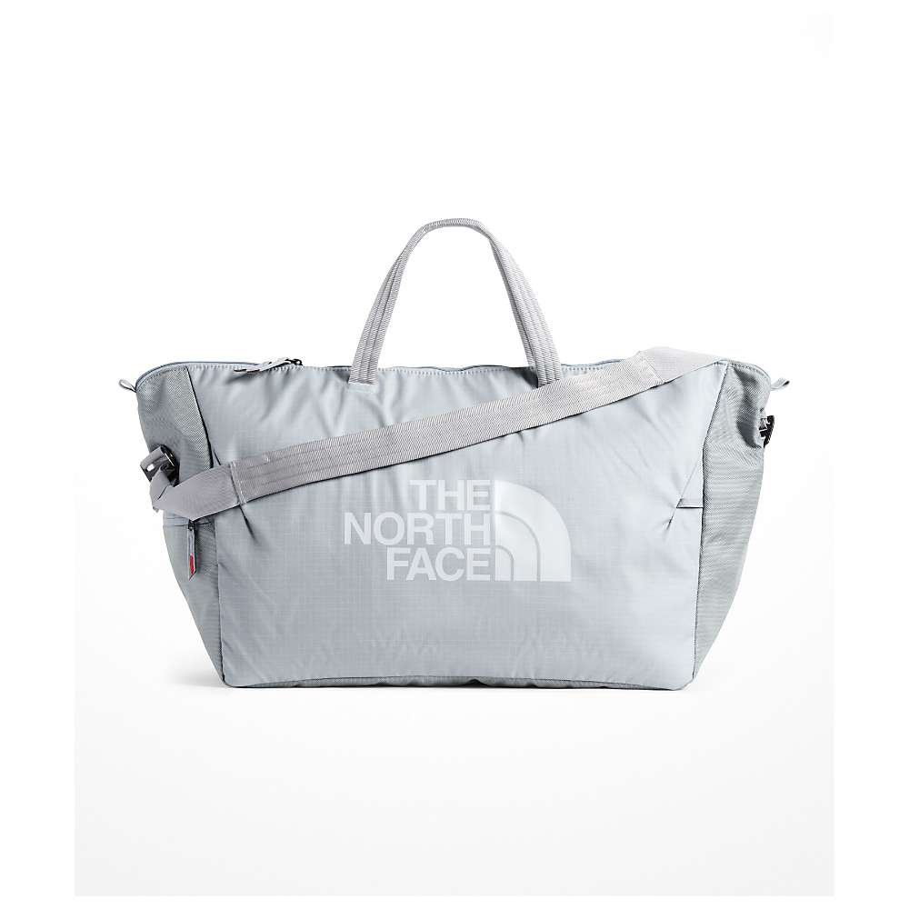 The North Face Stratoliner Weekender Bag