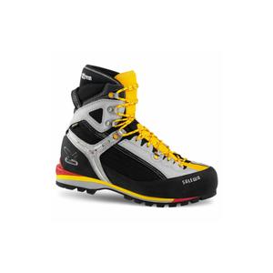 photo: Salewa Men's Raven Combi GTX mountaineering boot
