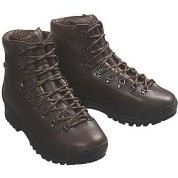 photo: Gronell Talon backpacking boot
