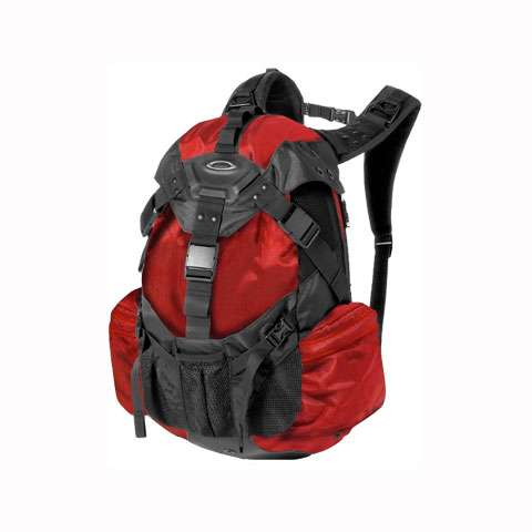 photo: Oakley Icon Backpack 3.0 weekend pack (3,000 - 4,499 cu in)