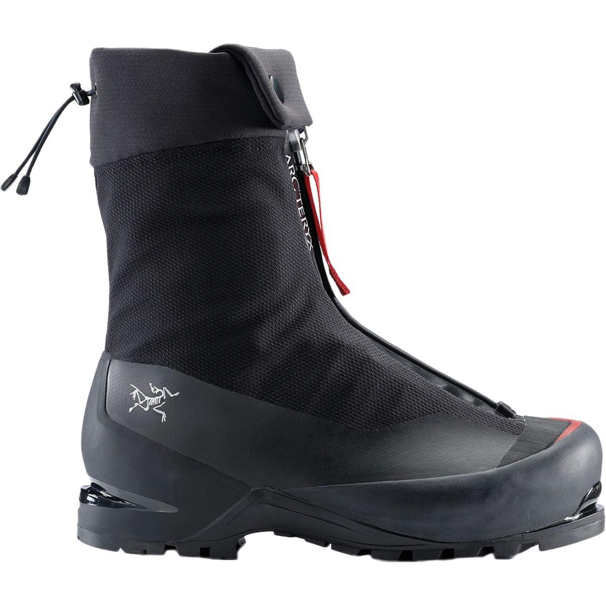 photo: Arc'teryx Acrux AR GTX mountaineering boot