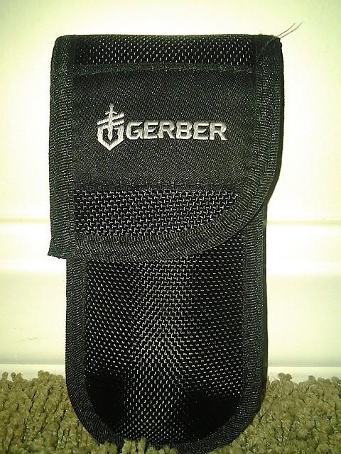 photo: Gerber Profile Fine Edge Drop Point folding knife
