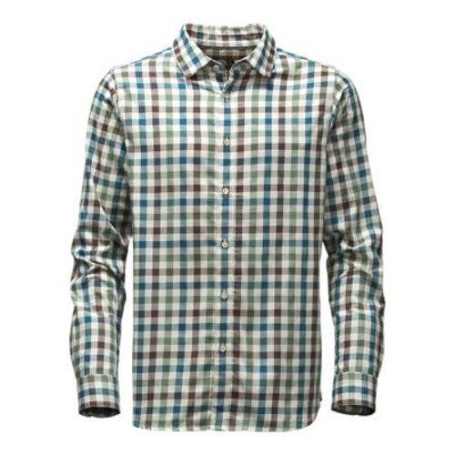 photo: The North Face Hayden Pass Shirt hiking shirt