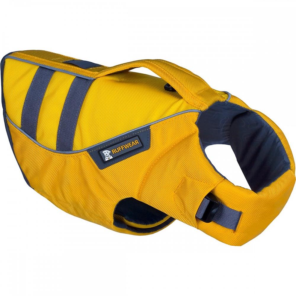 photo: Ruffwear Float Coat dog life jacket